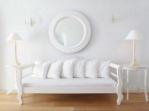 32-livingroom-kirinisuitesspa-santorini-crhotel