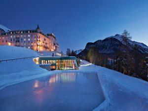 41-exterior2-grandhotelkronenhof-switzerland-crhotel
