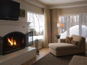 43-manoir-hovey-north-hatley-quebec-fireplace