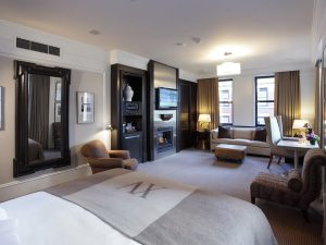 50-bedroom1-xvbeacon-bostonma-crhotel