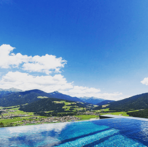 sky-pool-3