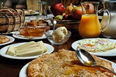 xee grek breakfast