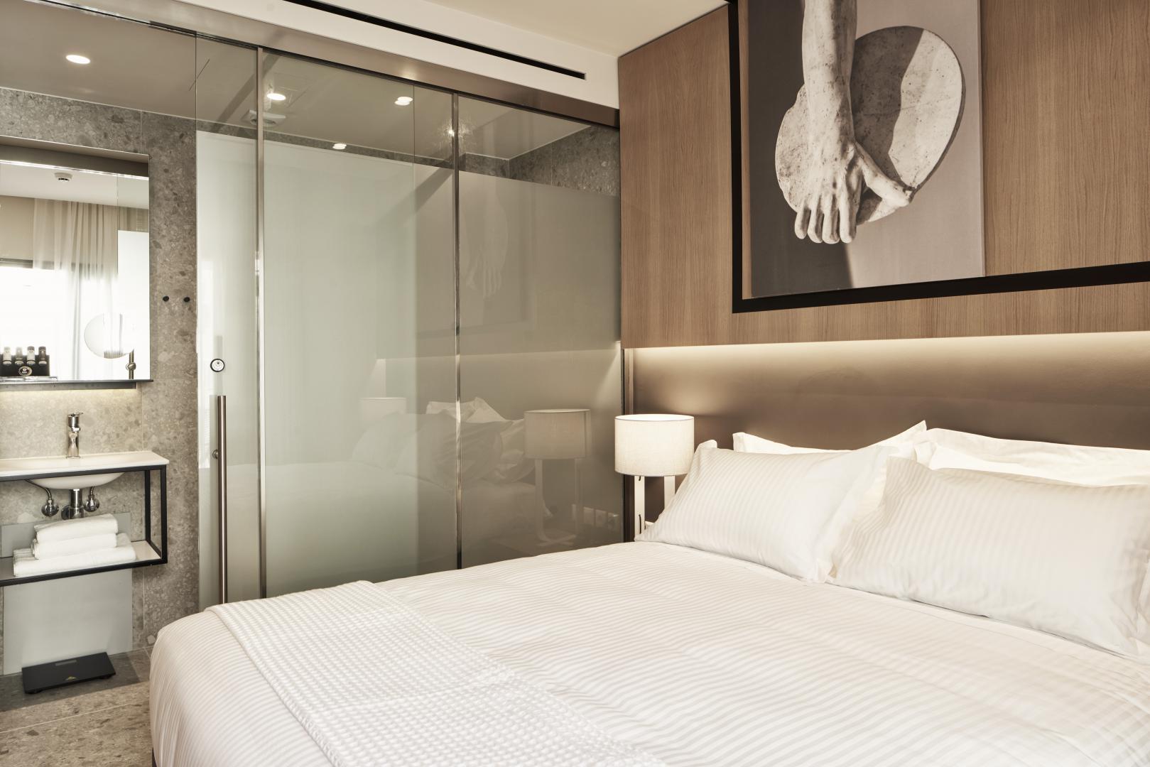 hotel brain
