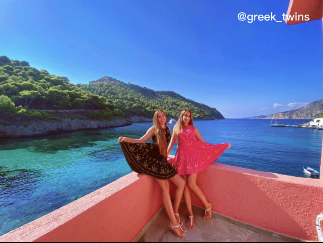 greek_twins