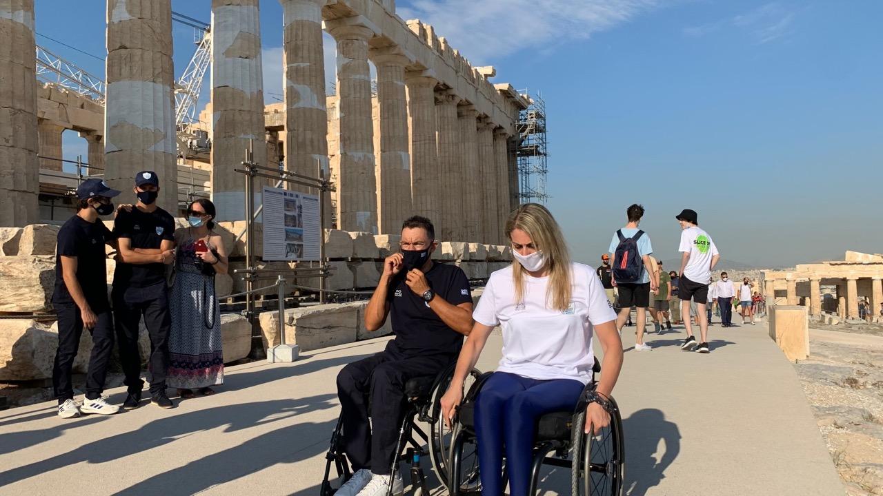 Στην Ακρόπολη η Ελληνική Παραολυμπιακή Ομάδα - ΧΡΗΜΑ & ΤΟΥΡΙΣΜΟΣ money-tourism.gr